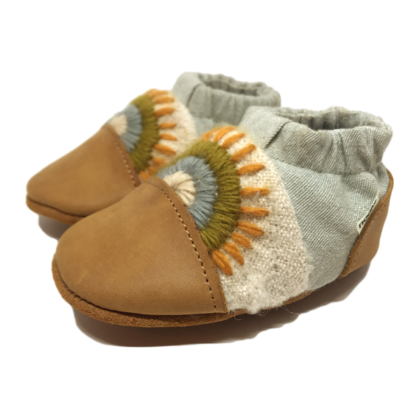 Nooks Design - Warm Land canvas shoes